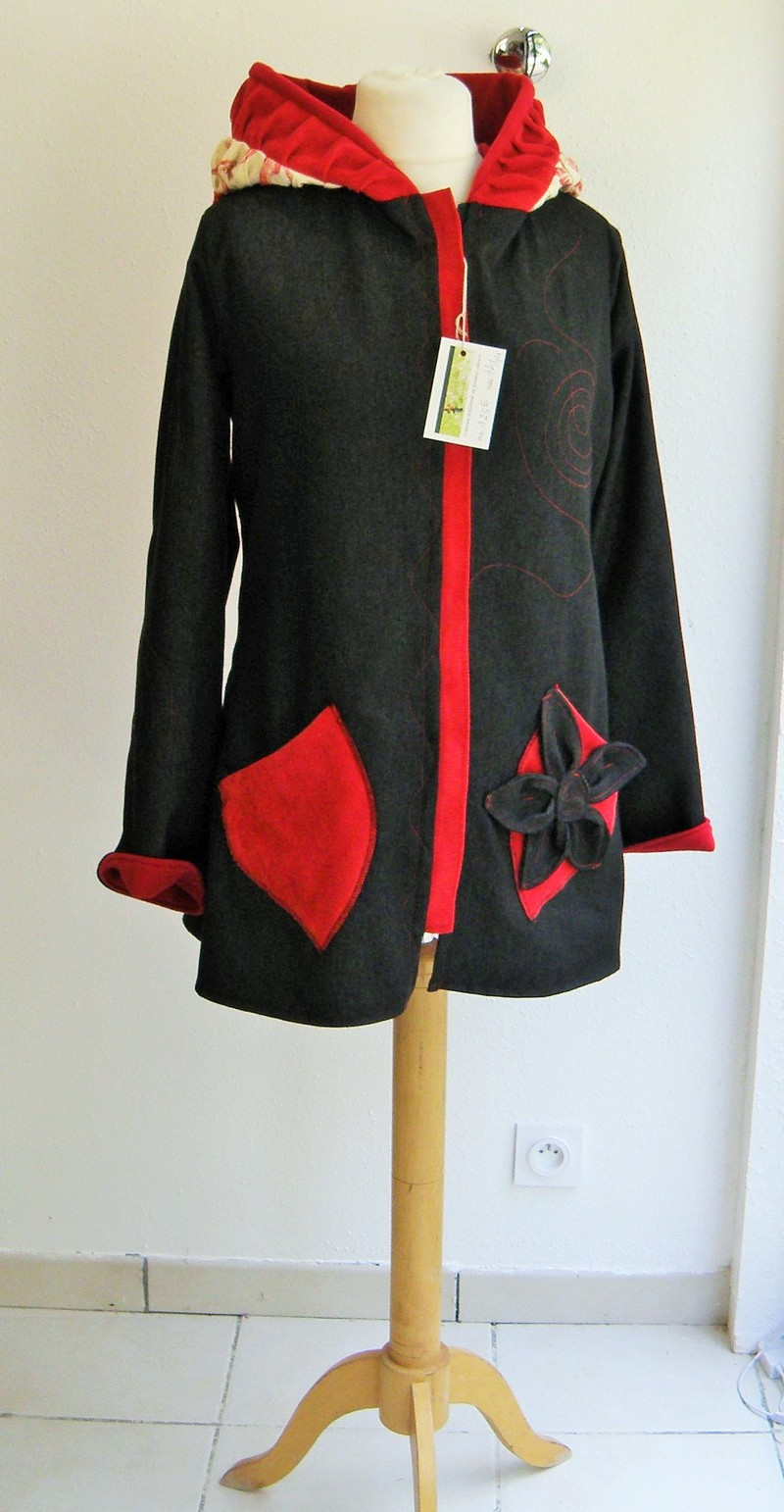 Veste lutin en jean noir doublée micro rouge + coton ecru/rouge T40-5170