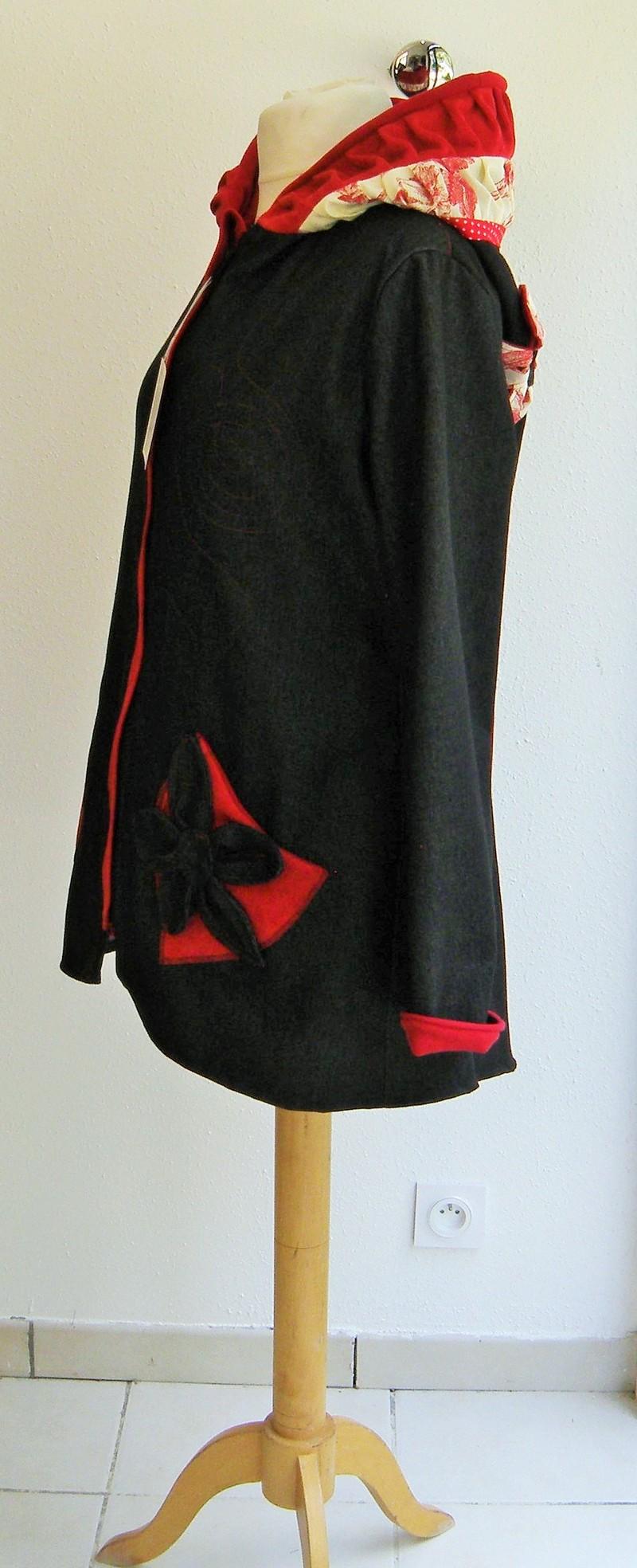 Veste lutin en jean noir doublée micro rouge + coton ecru/rouge T40-5172