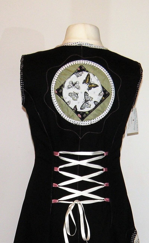 Robe en gabardine de coton noir  et «papillon champêtre» T42