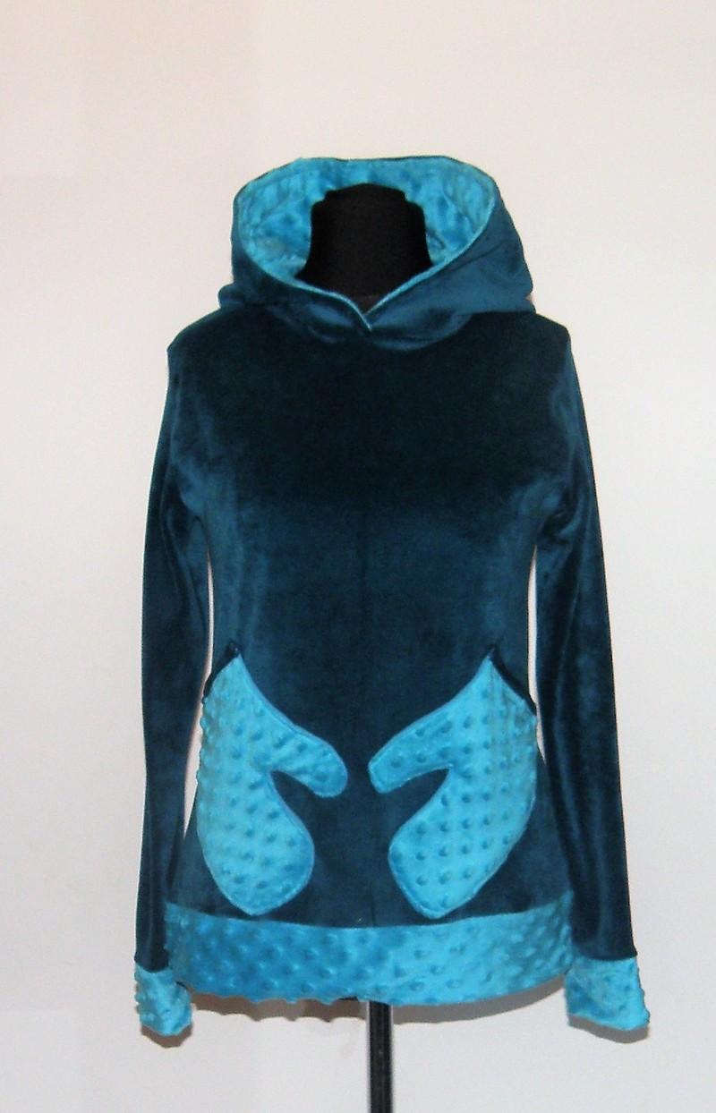 Pull à capuche en velours et minky sea blue et turquoise