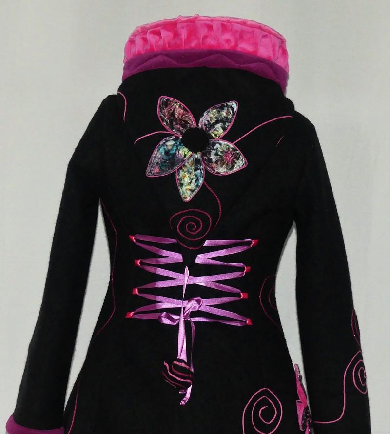 Veste princesse lutin en laine bouillie noire et rose clair Taille 42