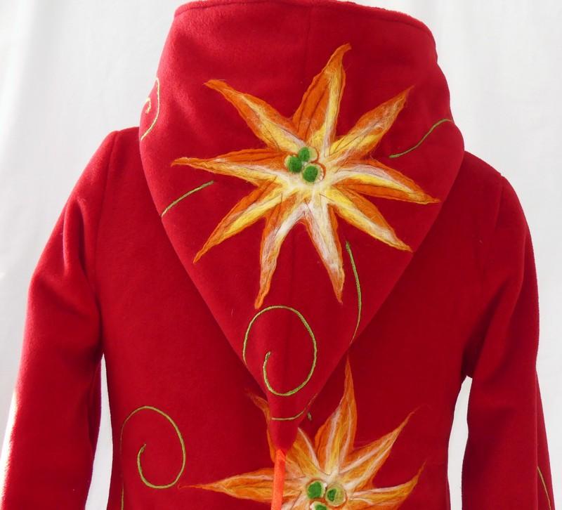 Veste polaire rouge et fleurs en laine cardé T40