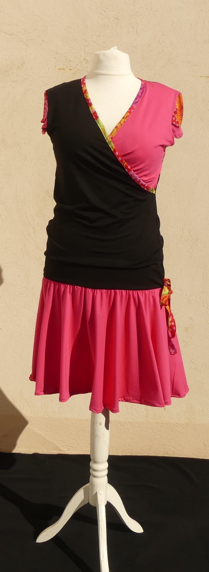 Robe En Jersey Viscose Noir Et Rose + Coton Japonais Rouge