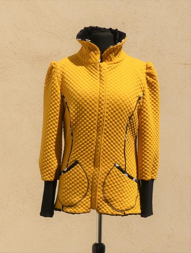 Veste col montant en jersey matelassé jaune et noir T 38